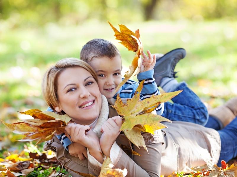 fall_motherhood